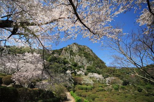 御船山乐园——精致庭园中的美丽自然